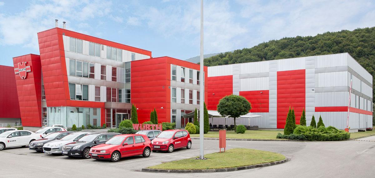 Logistički centar i uprava