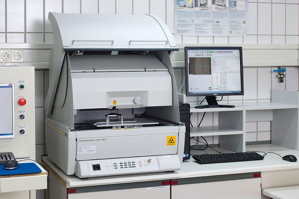 Rengenski flourescentni spektroskop